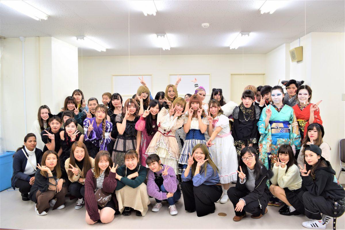 ハロウィンファッションショーを開催しました。